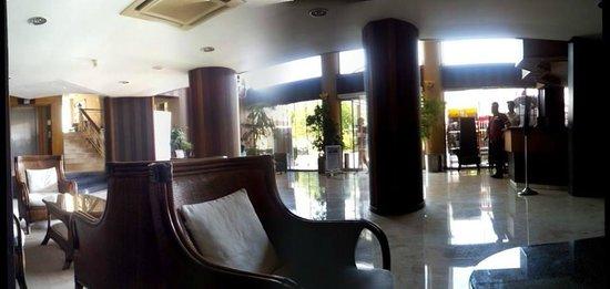Cettia Apart Hotel: lobby