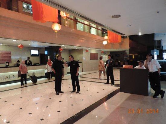 Melia Kuala Lumpur: lobby