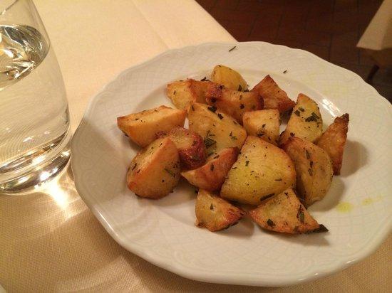 Il Caminetto Ristorante : Delicious roast potatoes