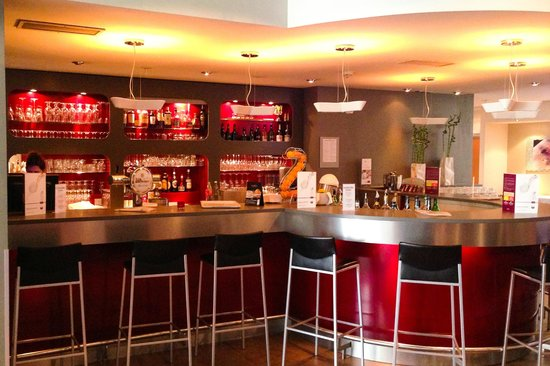 Mercure Airport Hotel Berlin Tegel : Bar