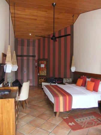 Cinnamon Citadel Kandy: Loved the room!