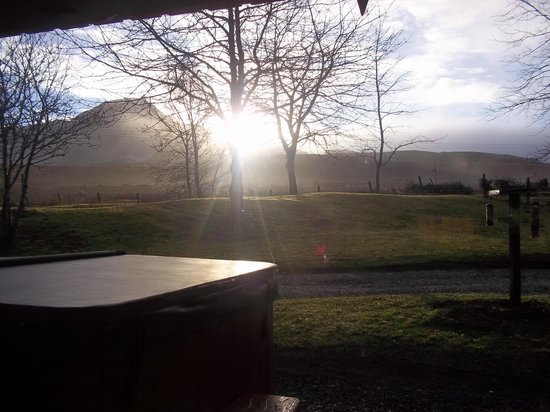 Wildside Highland Lodges: The view from Eagle Mountain Lodge