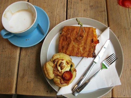 Breakfast at Piqniq