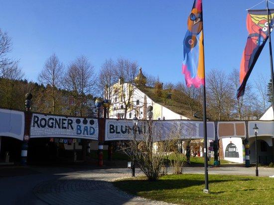 Rogner Bad Blumau: Main entrance