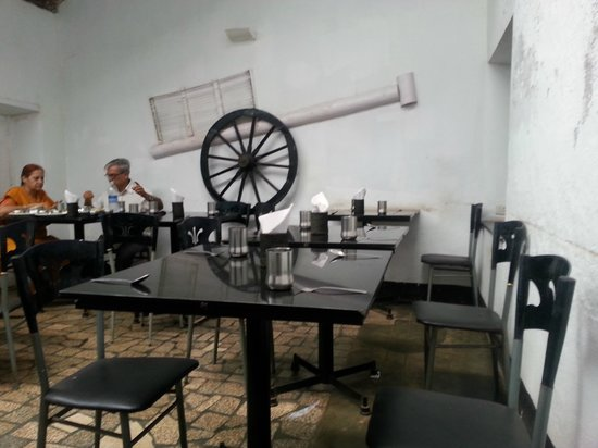 Dal Roti: Second dining room inside