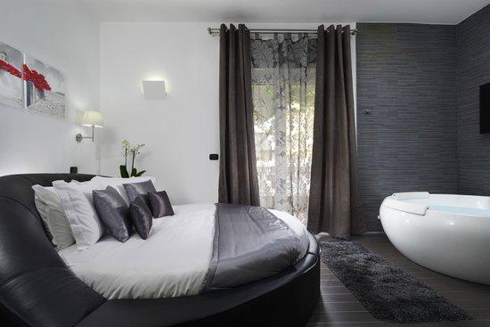 Gregorio VII Luxury Suites Honeymoon Suite