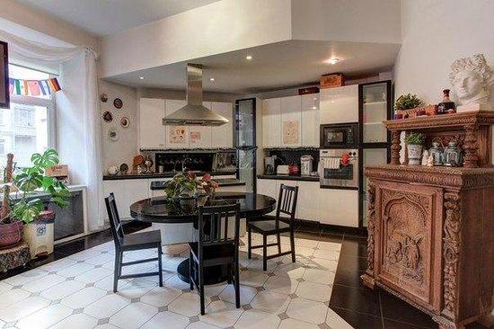 MIR Fontanka Hostel: Kitchen