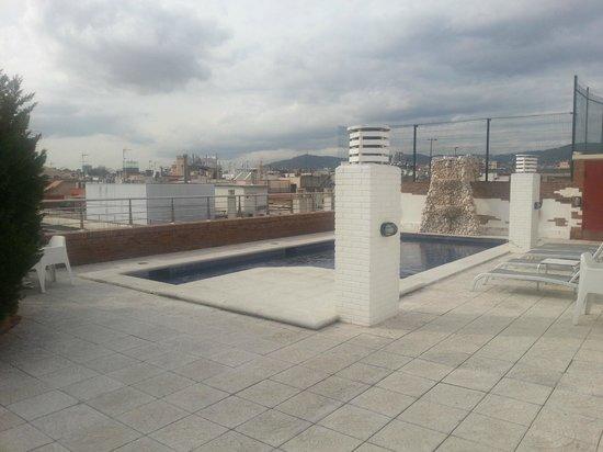 Hotel Silken Ramblas Barcelona : piscina