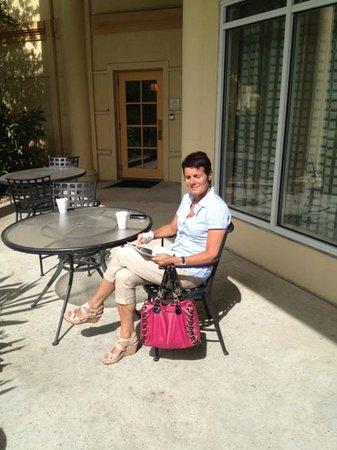 La Quinta Inn & Suites Houston Bush IAH South: in het zonnetje