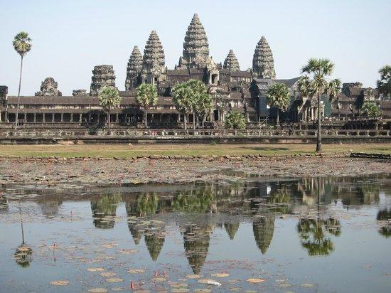 Angkor Wat: 10本の塔