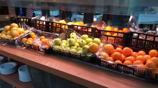 Occidental Lanzarote Mar : Nice selection of fresh fruit