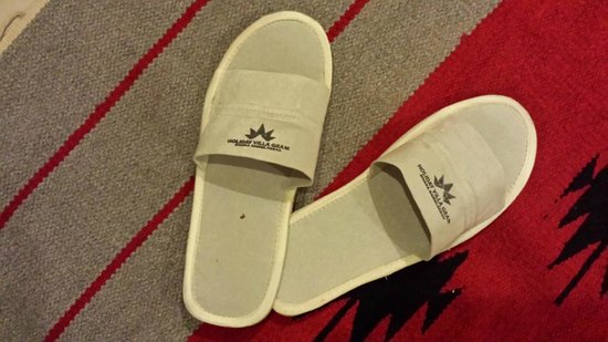 Holiday Villa Gram : Free Logo Slippers from the Hotel