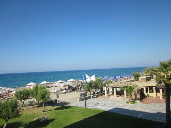Aquila Rithymna Beach Hotel : Вид из номера