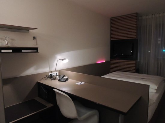 Hotel-Restaurant Schwanen : Comfortable Room