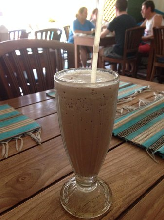Tommy`s Cafe : Amazing iced milo