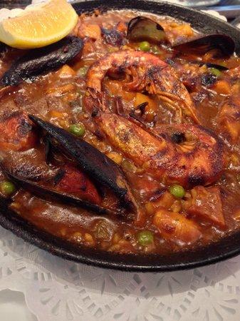 Taverna del Bisbe: House made Paella! Best in Barcelona