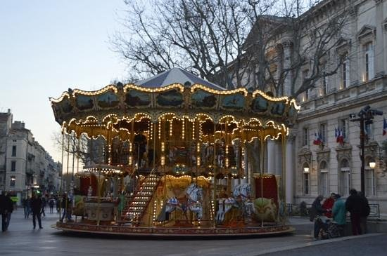 Place de l'Horloge: carousel in the square