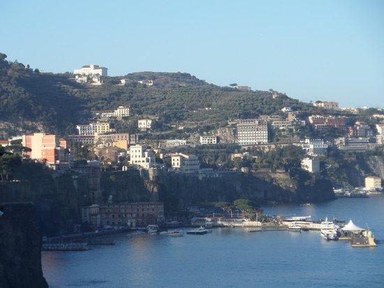 Hotel Parco dei Principi: View of Sorrento centre