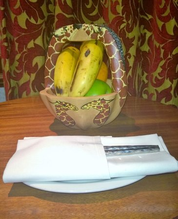 Sarova Stanley: Fruit In Room!