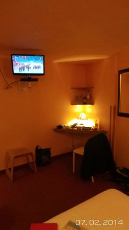 Hotel Comte de Nice: Sparse but functional