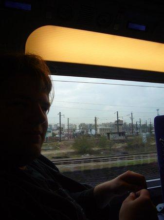 TGV (oben) Paris München