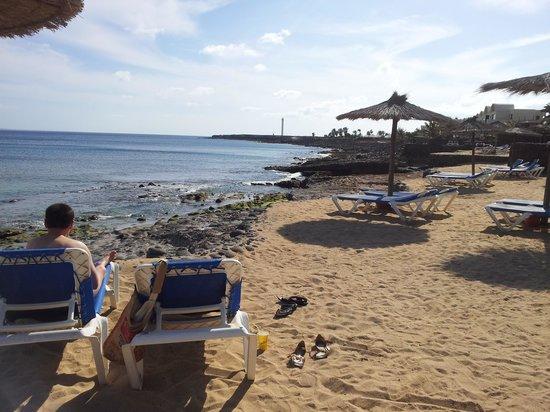 Royal Monica: Beach