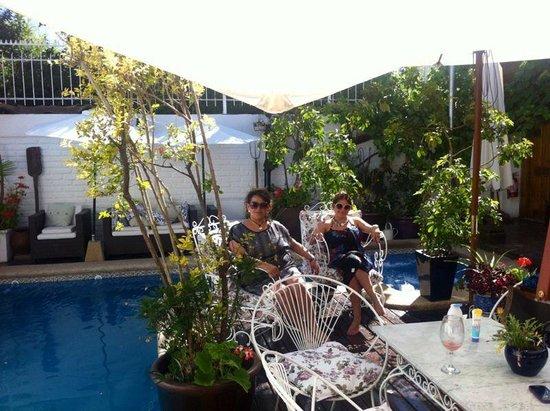 Hotel Boutique Vendimia Premium : Disfrutando en el hotel vendimia