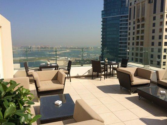 Hilton Dubai The Walk: Executive lounge on floor 35