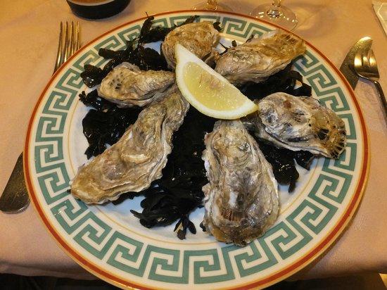 L'Ancrage : 生牡蠣は日本で食べるのとはそんなに変わらないかな。普通に美味しいです。