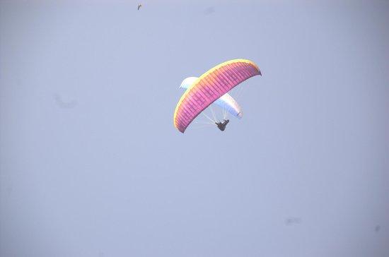 Avia Club Nepal: Overhead