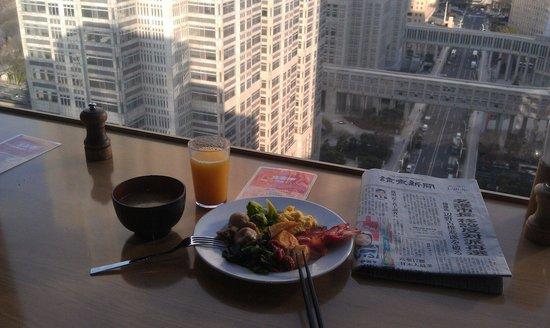 Shinjuku Washington Hotel Main: 早餐加風景