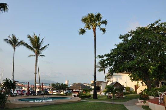 Samui Pier Resort: территория отеля