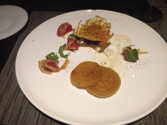 AURA waterfront restaurant + patio: Beet Tasting Appetizer