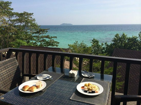 Holiday Inn Resort Phi Phi Island: vue du petit dej