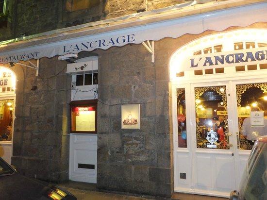 L'Ancrage : 美味しいオーラが出ている店構えです。