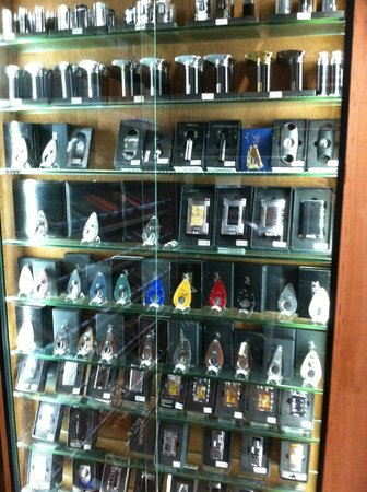 Churchill's Bistro and Cigar Bar : Cigar accessories