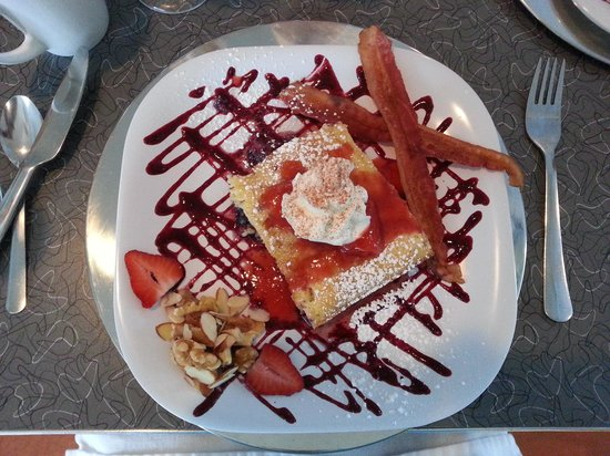 Palm Springs Rendezvous: One of the amazing breakfasts.