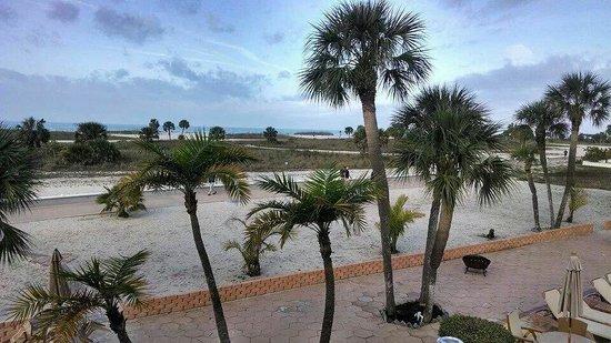 Treasure Island Ocean Club : Check this view out