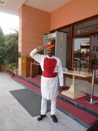 Hotel Hindustan International (HHI) Varanasi: Le portier de l'hôtel