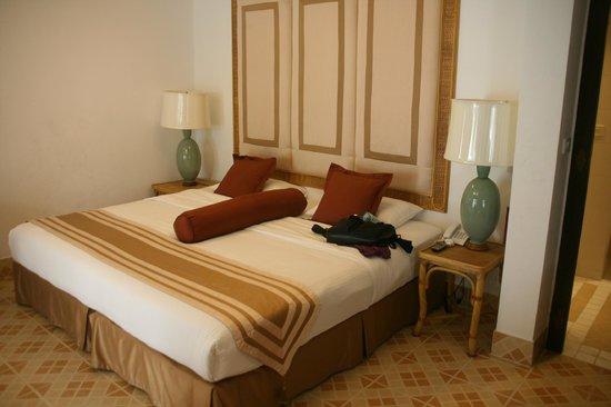 Samui Palm Beach Resort & Hotel: Kingsize bed