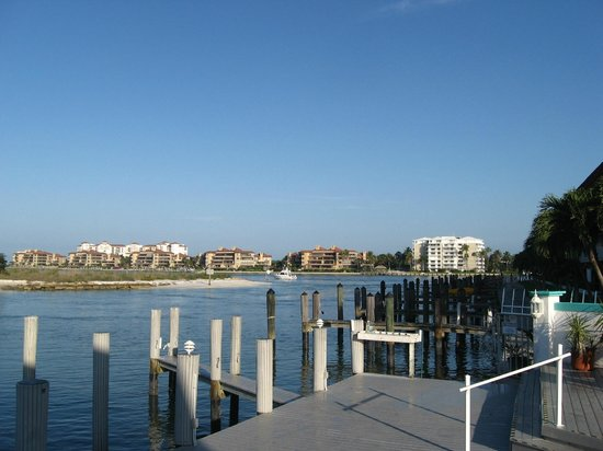 The Boat House Motel: View off the deck