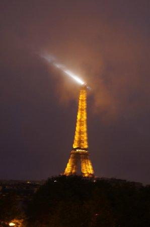 Hotel Duquesne Eiffel view