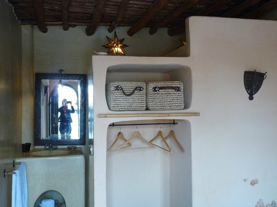Riad Dar Tayib: Chambre de style berbère