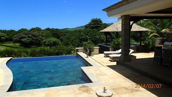 Heritage The Villas : Pool & Patio