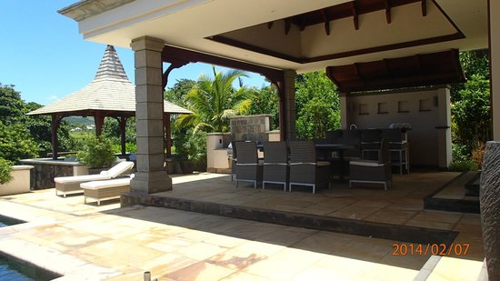 Kitchen picture of heritage the villas bel ombre for Kitchen design mauritius