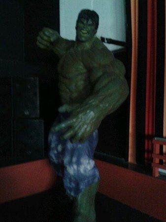 Central Pier: Big hulk in family bar