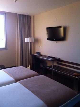 Hotel Husa Abad San Antonio: Muebles nuevo,todo muy limpito