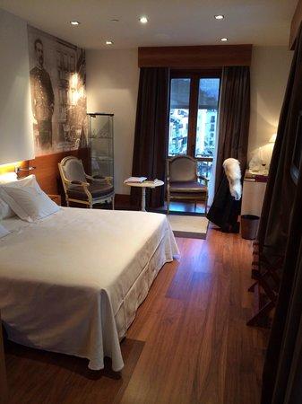 Gran Hotel La Perla: 508 : cuarto histórico