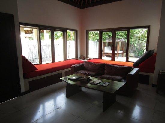 Kelapa Luxury Villas: living room