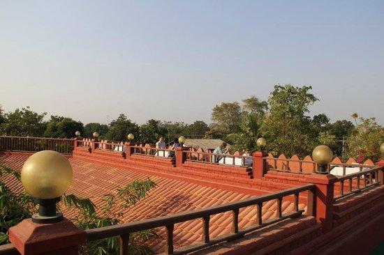 Thurizza Hotel Bagan : terrasse